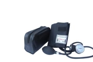 Santamedical Adult Deluxe Aneroid Sphygmomanometer